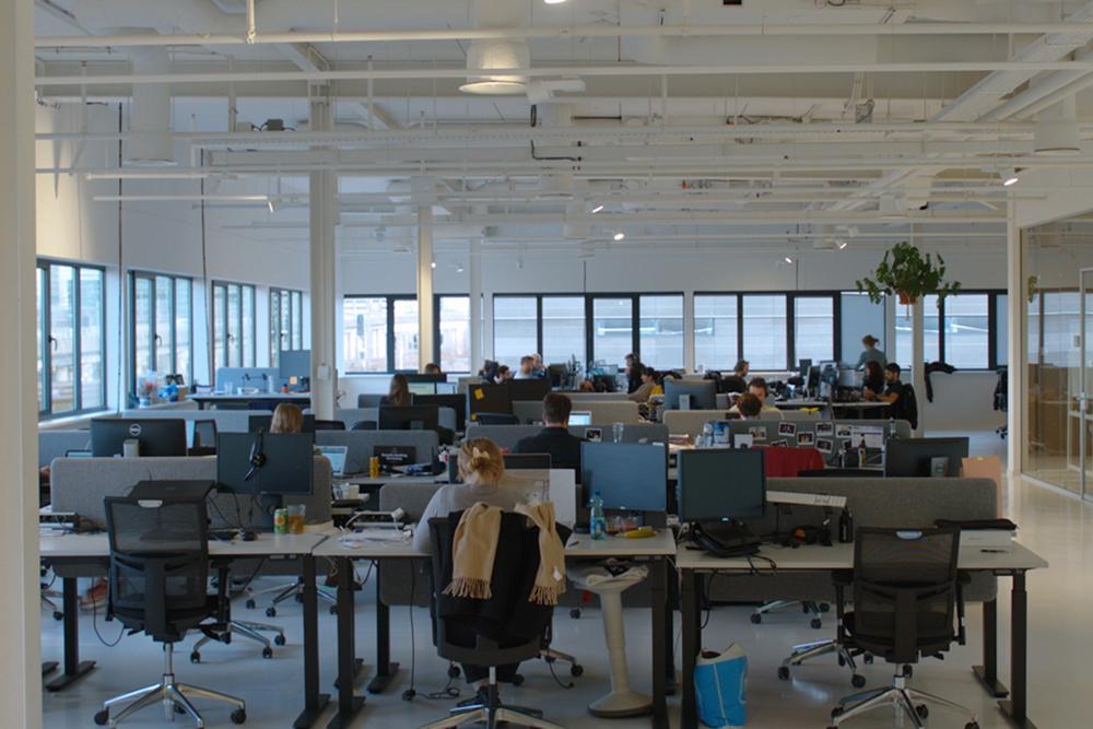 nmbrs-career-website-culture-slideshow-office